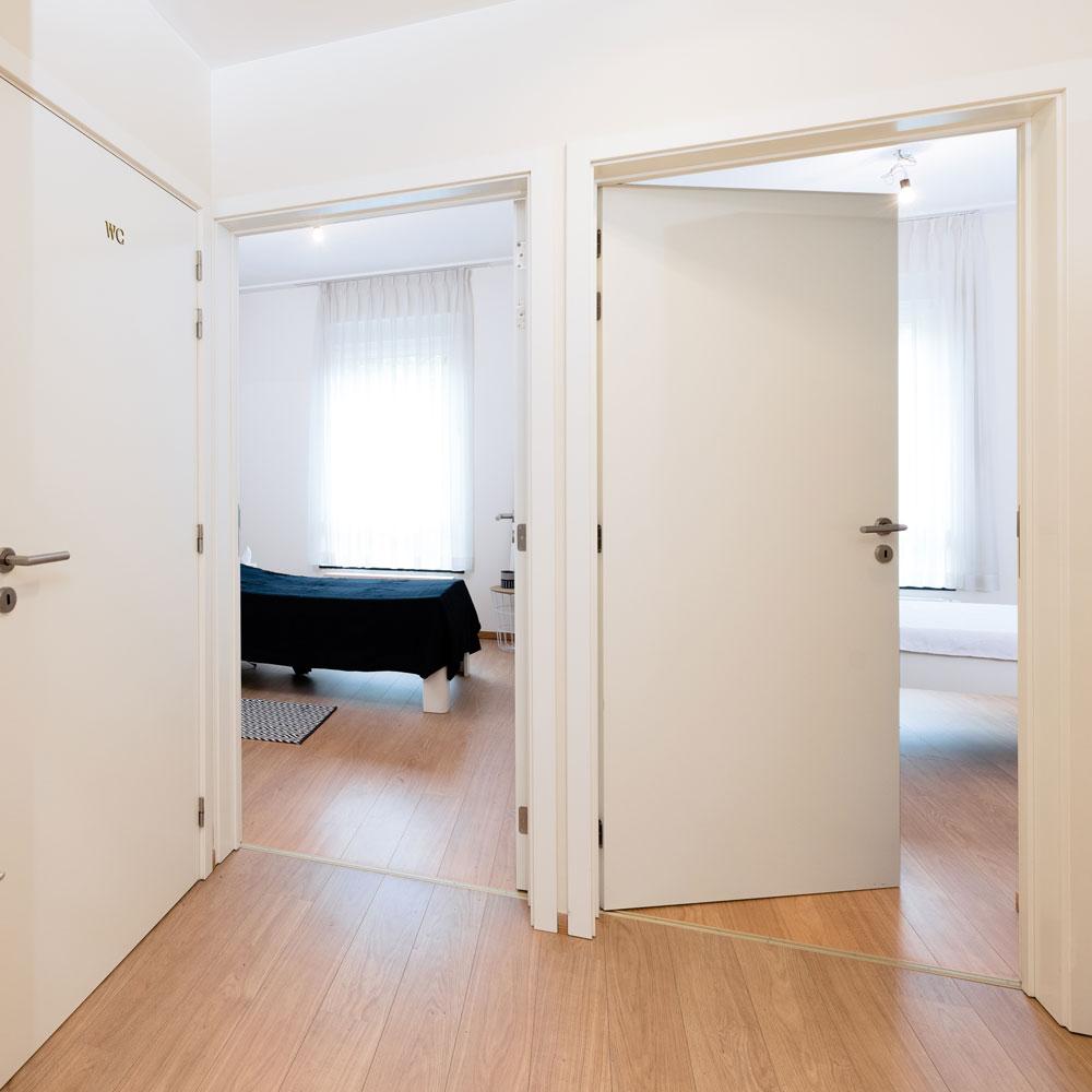 Couloir d'entrée dans un appartement meublé à la Résidence Accordage