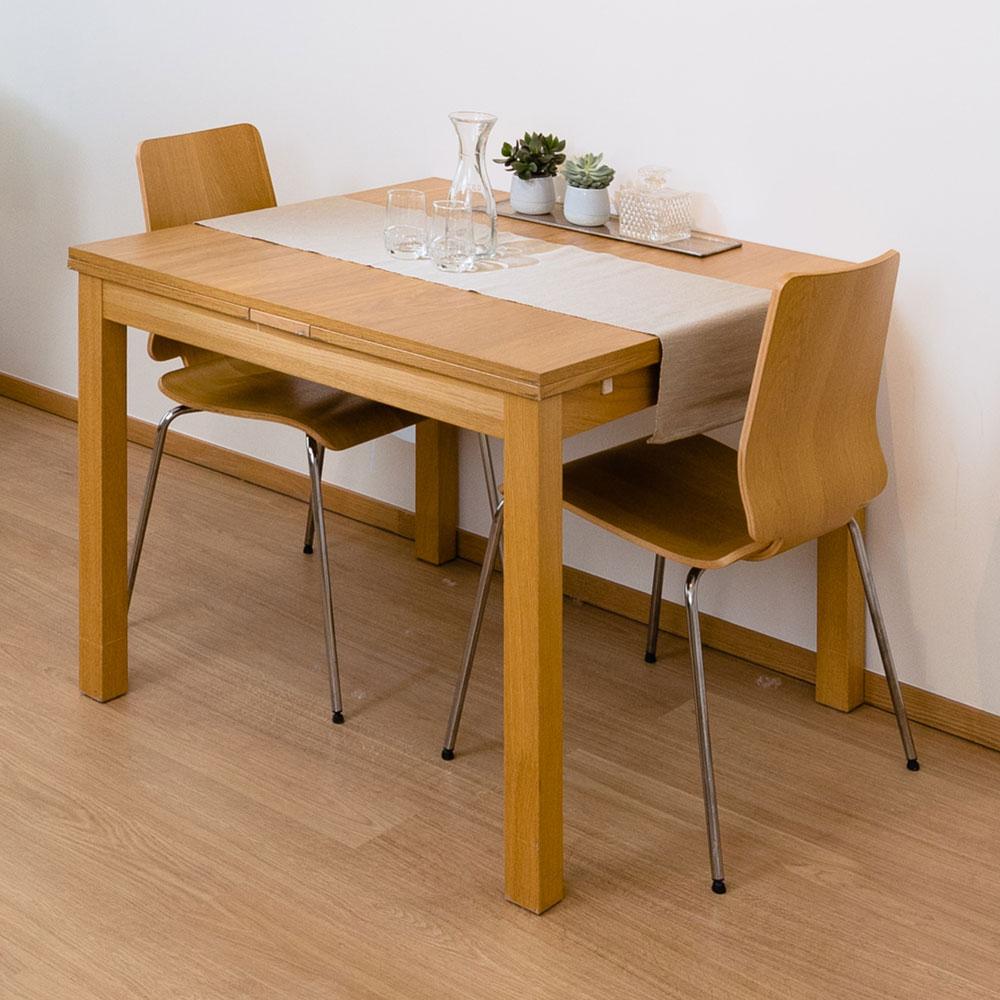 Table de repas dans un appartement meublé à la Résidence Accordage
