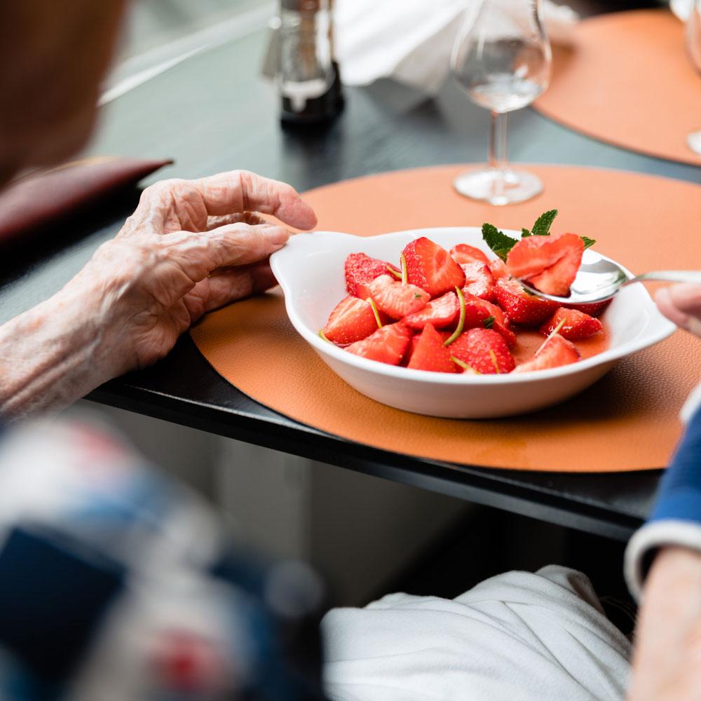 Dessert de fraises à la Brasserie Accordage